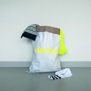 Sack aus Altpapier für Kleidung